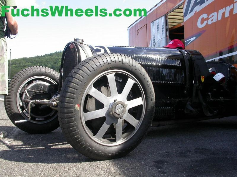 Bugatti-Wheels-Vintage-Race